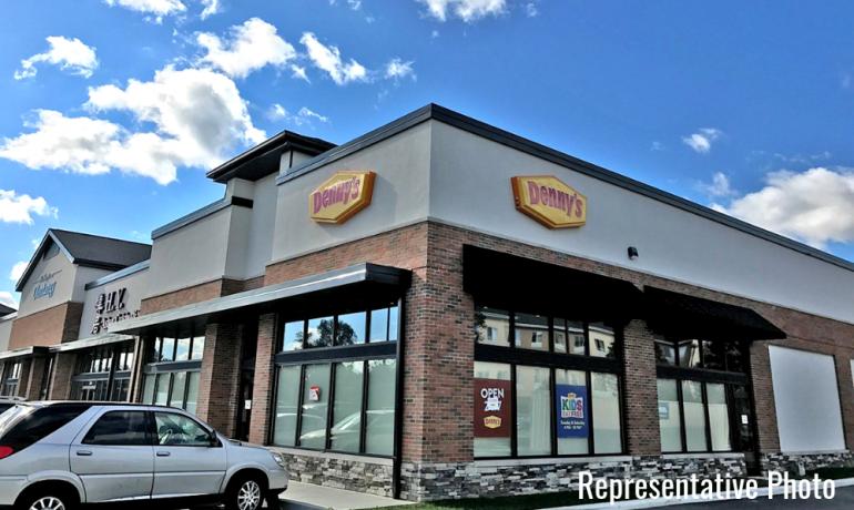 Denny's   Columbus, IN