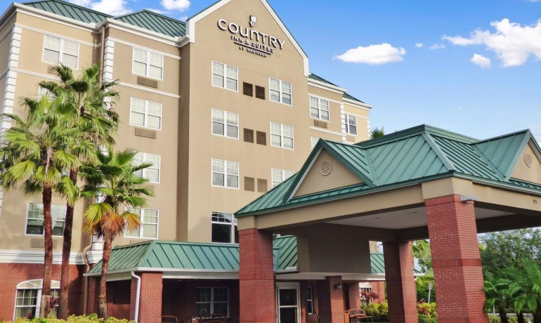 Country Inn & Suites | Tampa,FL ( Real Estate and Business Value)